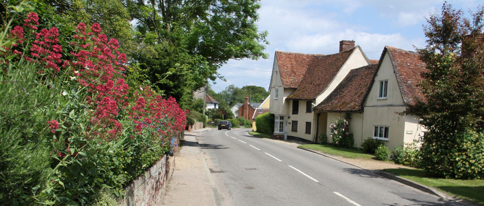 book a cottage in a pretty Suffolk village such as Monks Eleigh