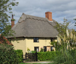 luxury cottages for self-catering breaks suffolk
